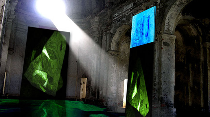 Halloran's ice paintings were part of the Cultural Olympiad in Turin, 2006 (photo from www.yenra.com)