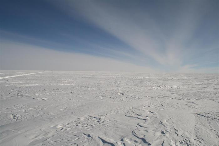 The Antarctic Plateau—average elevation close to 10,000 feet (3,000 m) (photo Jan-Gunnar Winther)